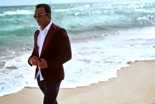Jon-Secada-high-res-photo